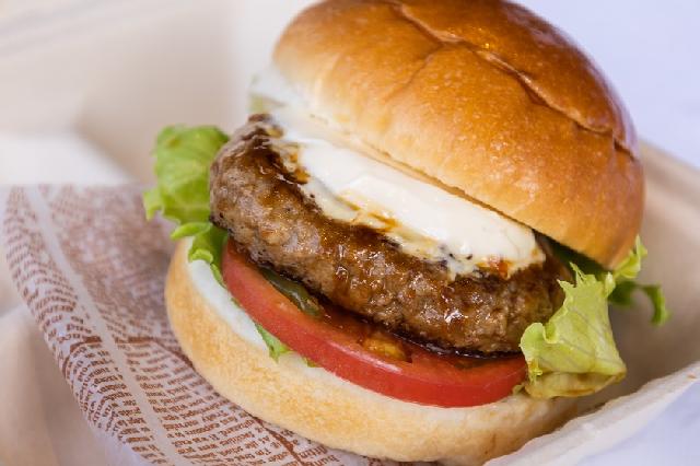 ◆選べる朝食◆-ハンバーガー-日替わりで3種類のサンドイッチをご用意しています!お好きなものを1つお選びください☆ ※写真はイメージです