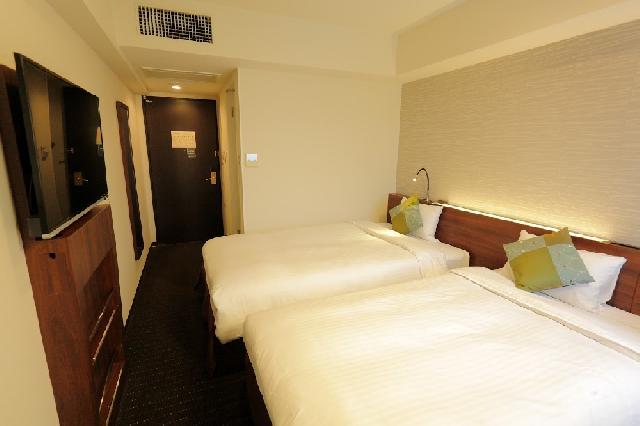 ◇ミニツイン ベッドが2台入ったコンパクトなお部屋