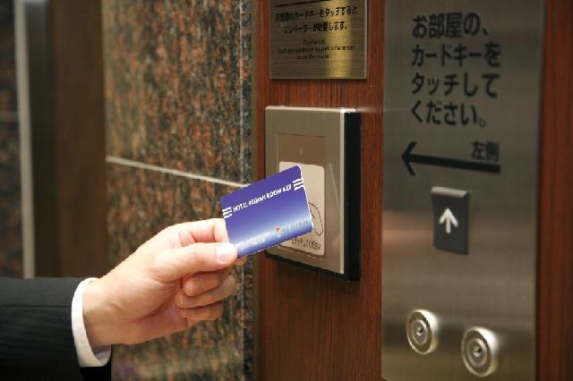 ◇ルームキーでセキュリティも安心のエレベーター