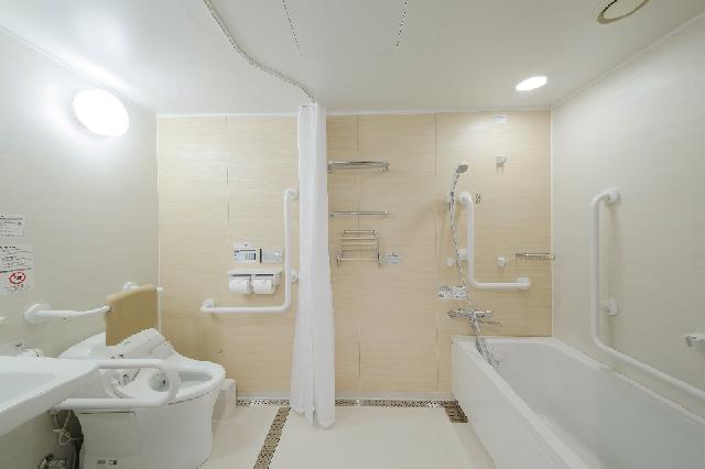 ユニバーサルルーム バスルーム
